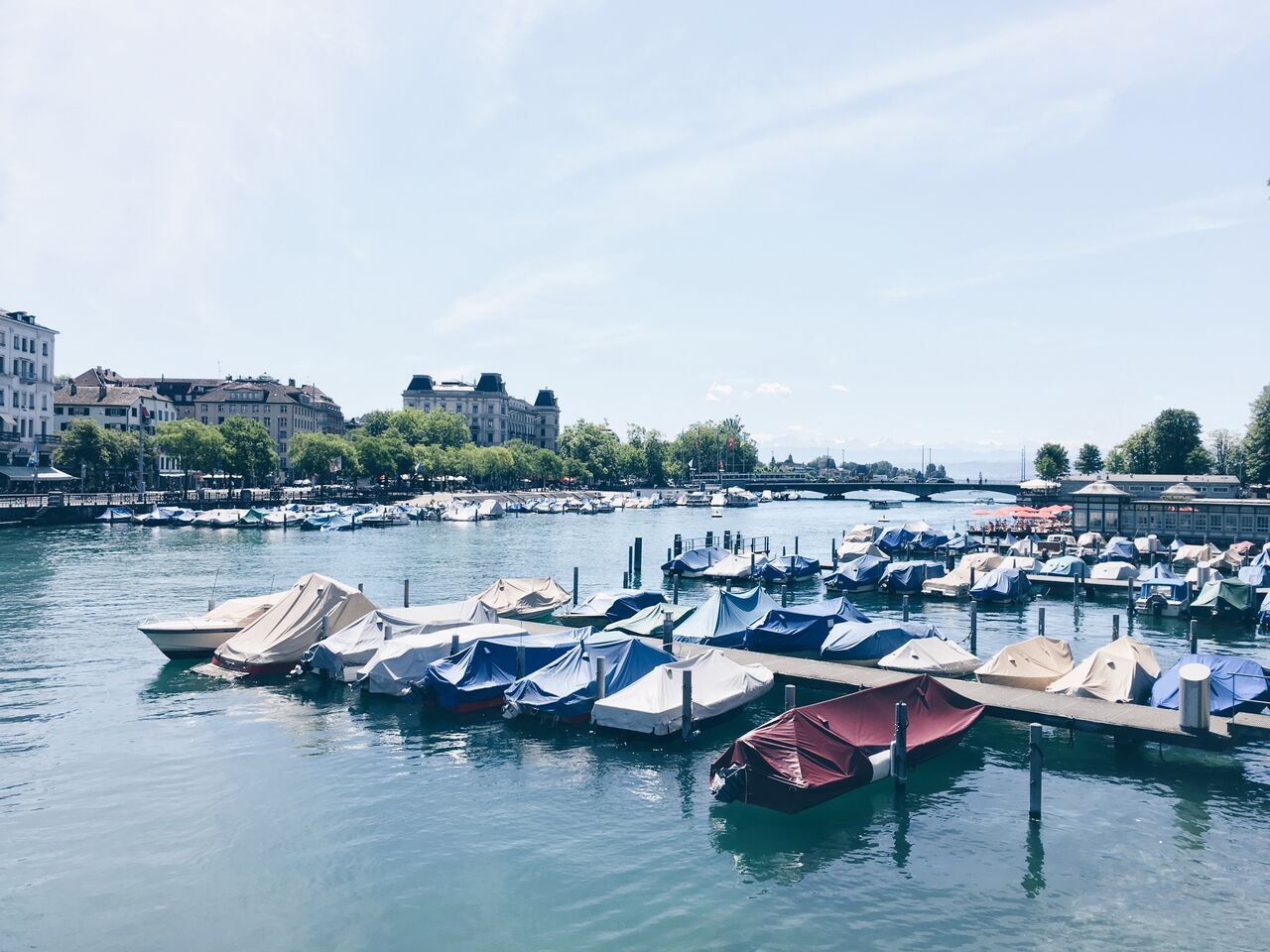 Best In Zürich – Frauenbad Stadhausquai