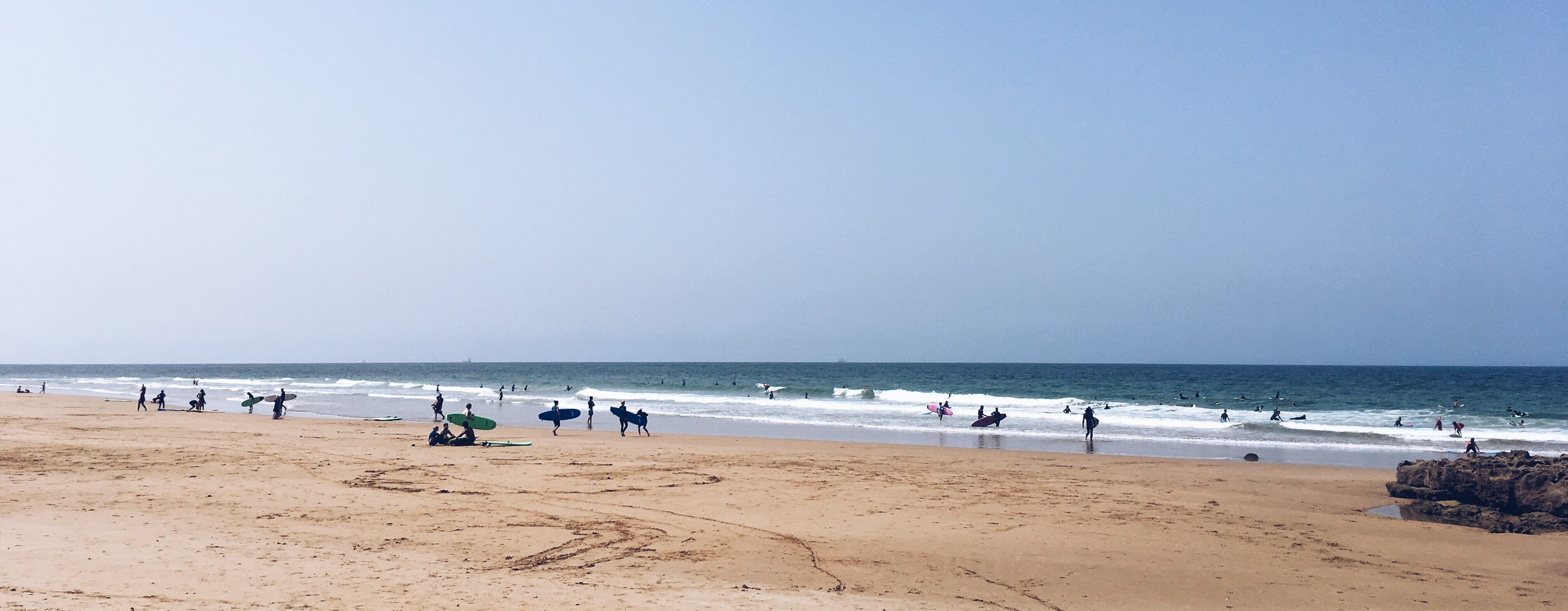 GIRLS SURF AND YOGA WEEK IN TAGHAZOUT