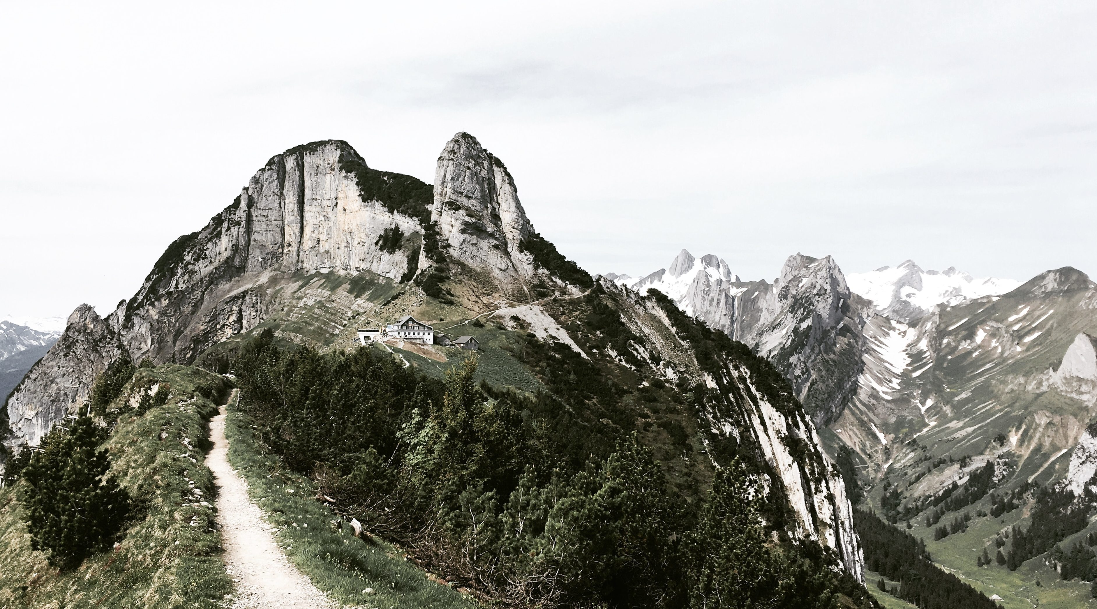 Hikes For Days In The Swiss Alps – Where To Sleep Edit.